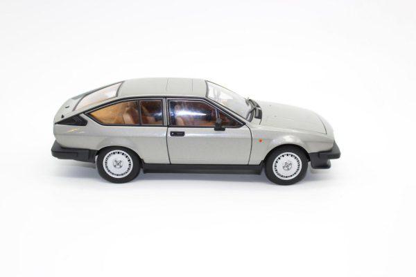 ماکت Alfa Romeo Alfetta GTV